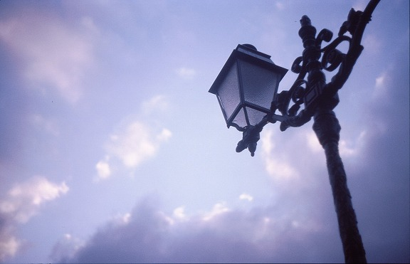 Sieste du lampadaire