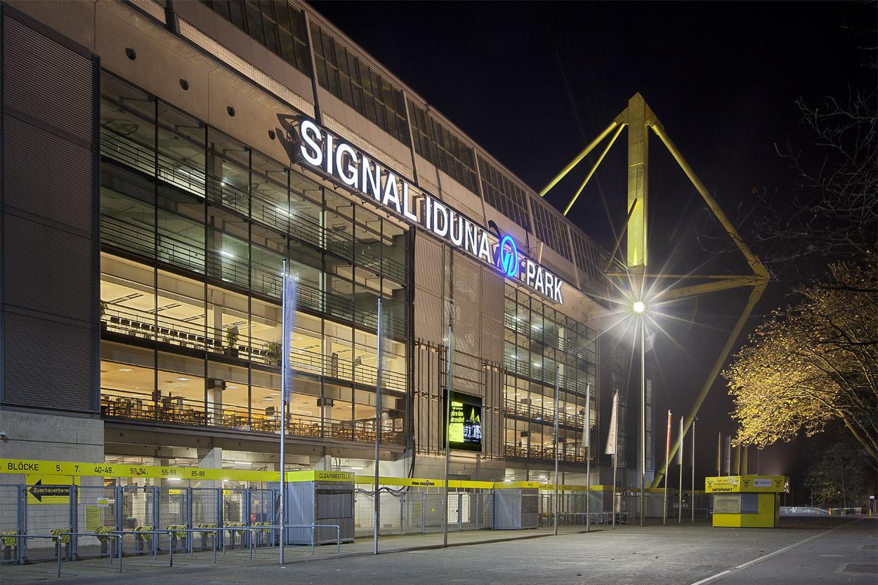 Signal Iduna Park - Haupteingang