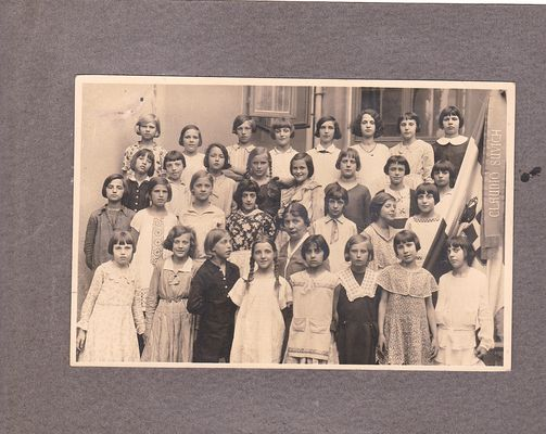 Signorine a Scuola nel 1931 (Trieste)