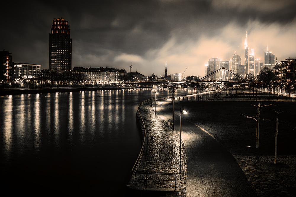 Silence at weekend (Frankfurt / Main)