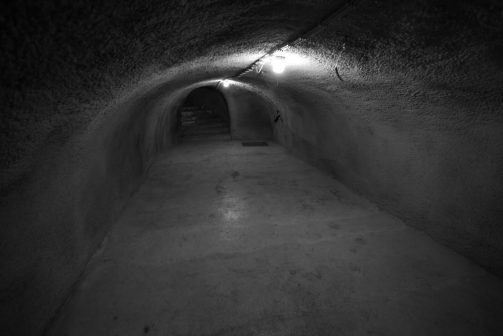 silent hole 1/2