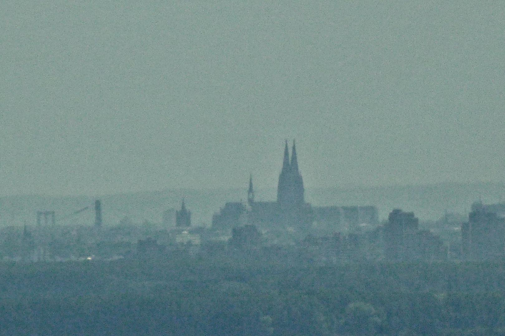 Silhouette des Kölner Doms