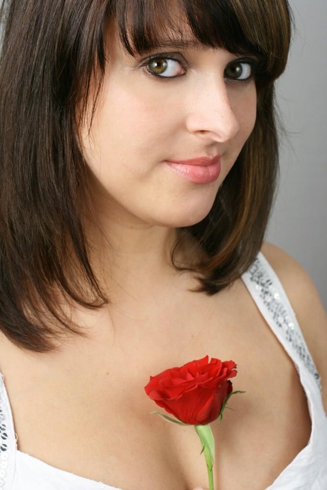 Silvi mit Rose II