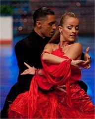 Simon Reuter und Julia Niemann beim Tango 1