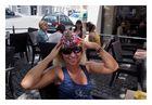 Simona freut sich über die süsse Mütze sehr