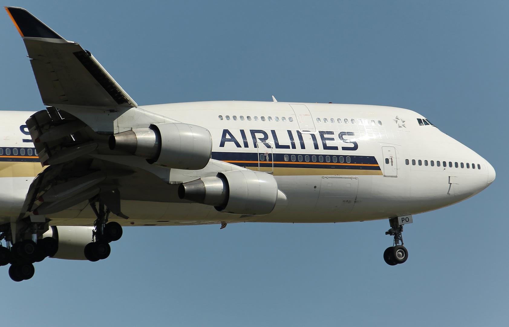 Singapore 747-412