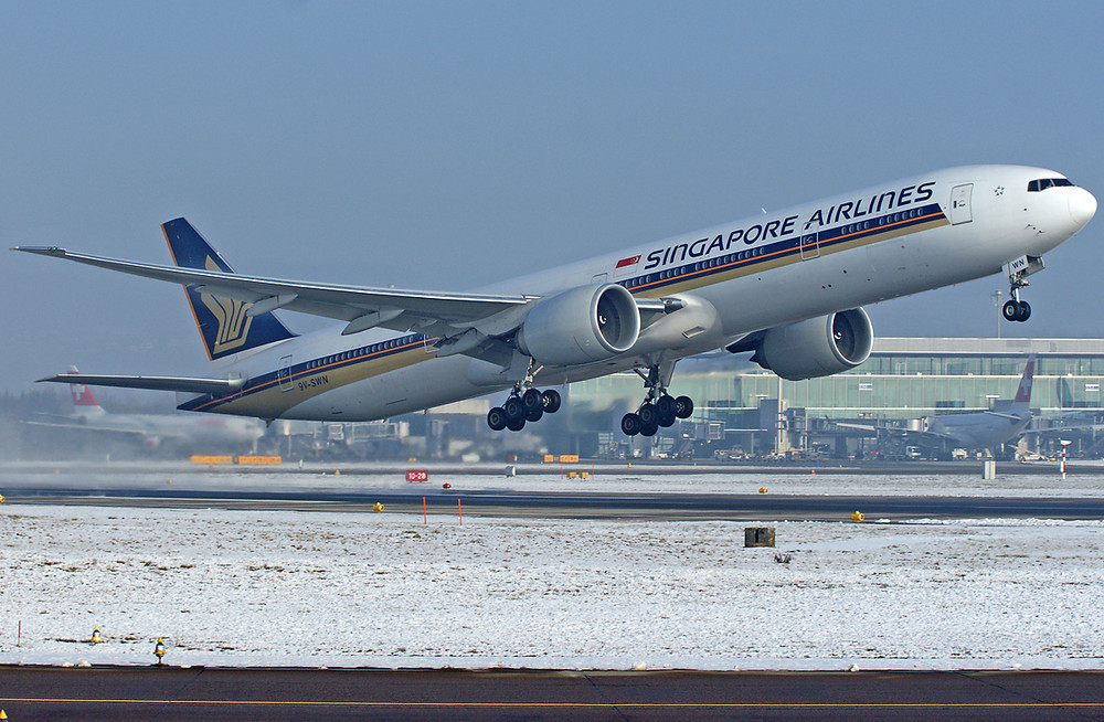 Singapore Airlines 777-312
