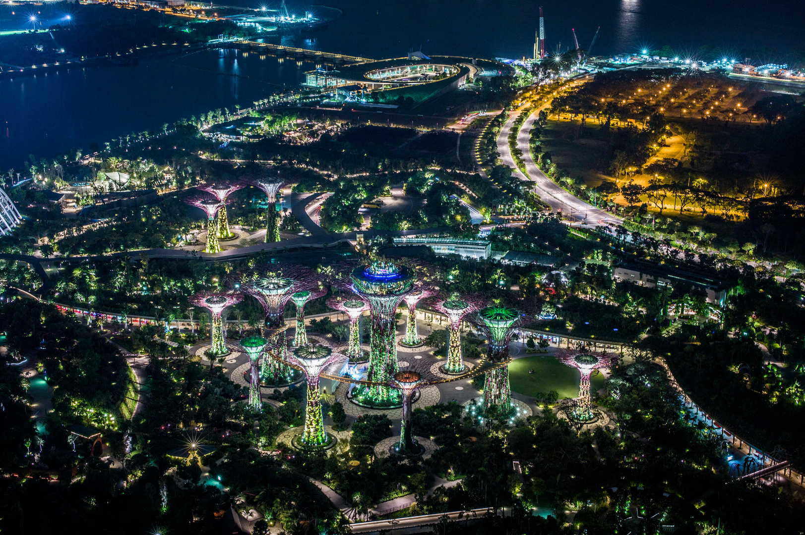 Singapore by Night (IX)