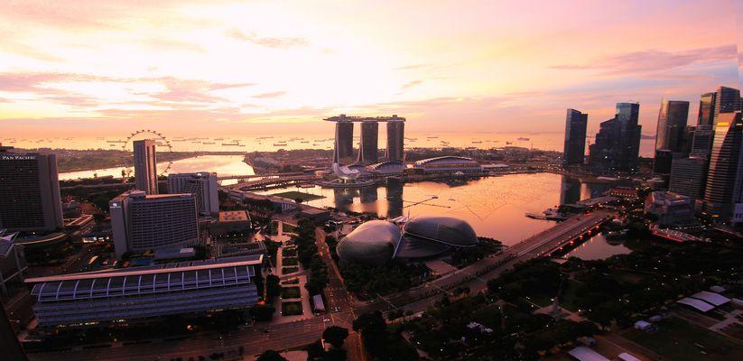 Singapore Marina Bay at sunrise