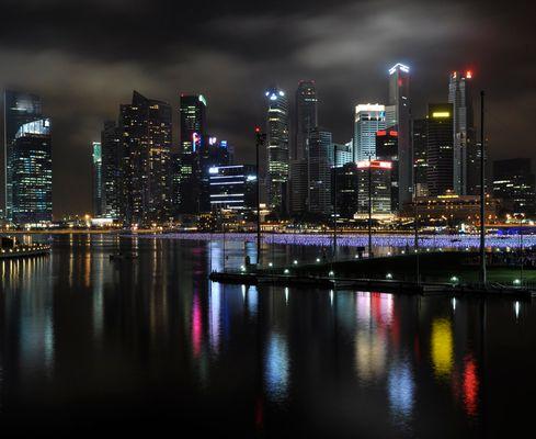 Singapores night