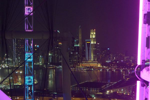 Singapur Flyer by Night