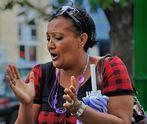 Singer in the street 1