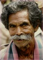 Singhalesischer Gentleman