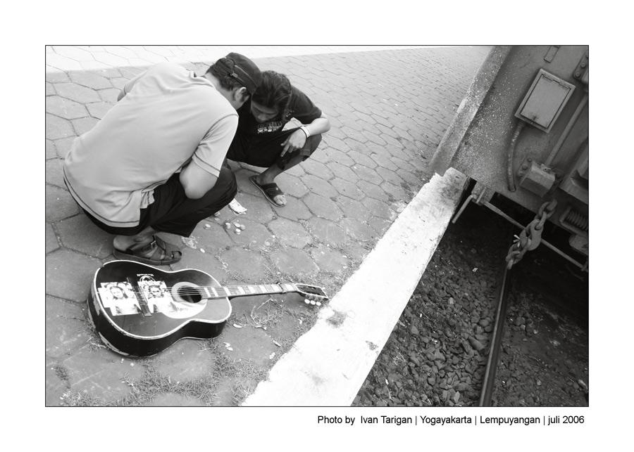singing beggar