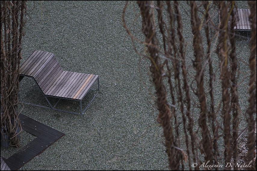 - Sitzgelegenheit -