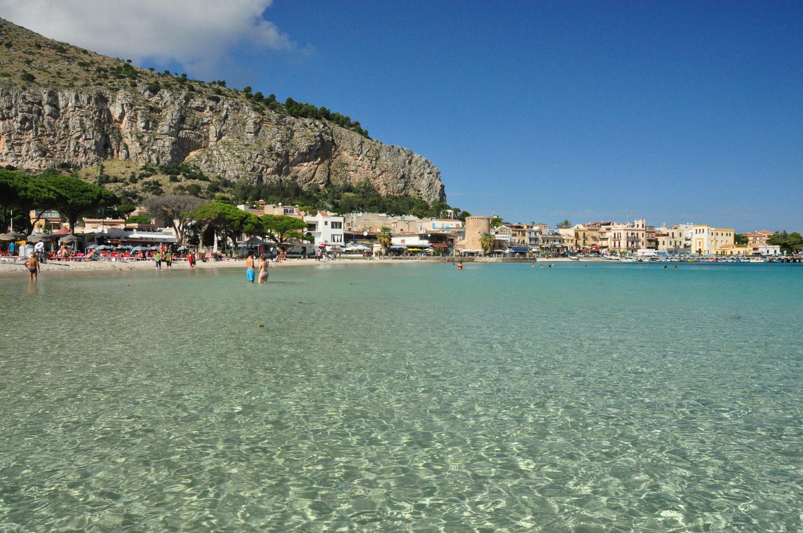 Sizilien - Mondello Beach