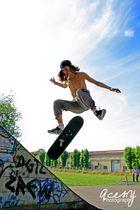 Skate 'n' destroy