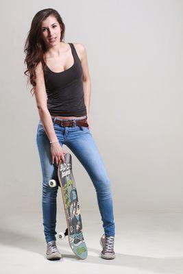 ..::Skateboard-1::..