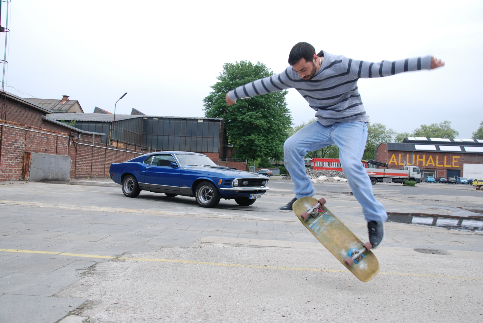 Skater am Mustang