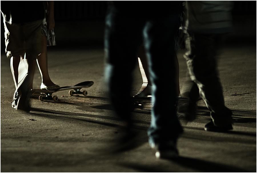 skater meets skaters
