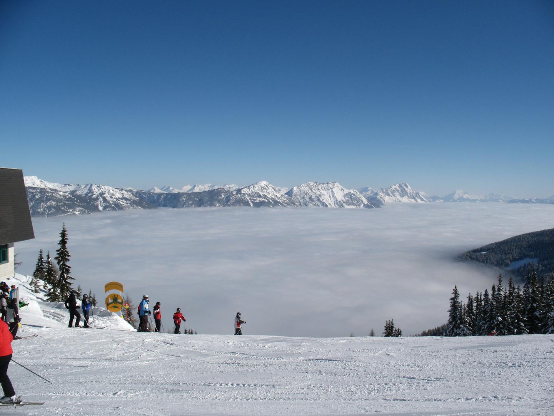 Skifahren über den Wolken!