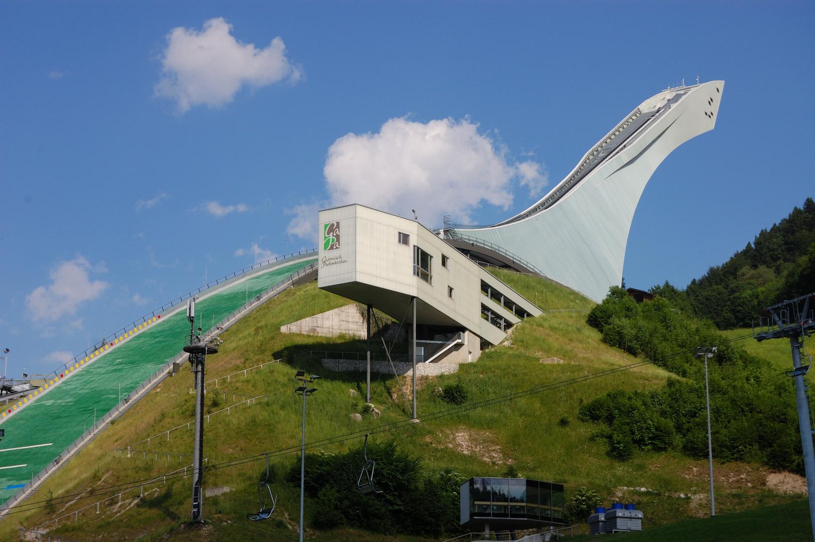 Skisprungschanze in garmisch partenkirchen foto bild - Garmisch partenkirchen office du tourisme ...