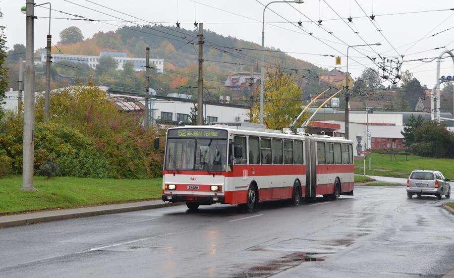 Skoda 15Tr auf der Linie 52 in Usti an der Hst Mirova