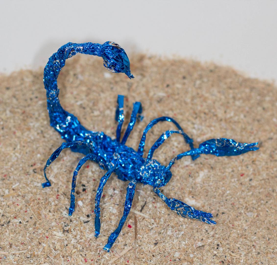 Skorpion aus Schokokusspapier