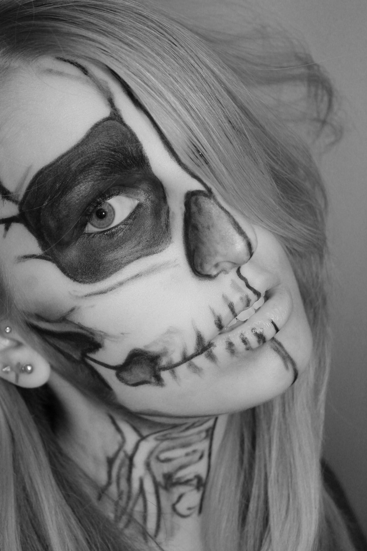 skull face // skull make-up