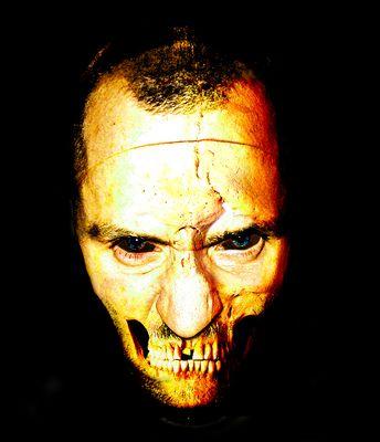 <<<skull mask>>>