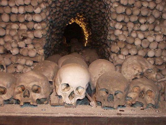 skulls in Kostnice