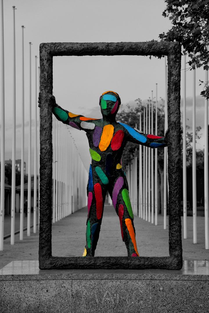 Skulptur am Pl. dels Volntaris