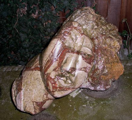 Skulptur aus Granit