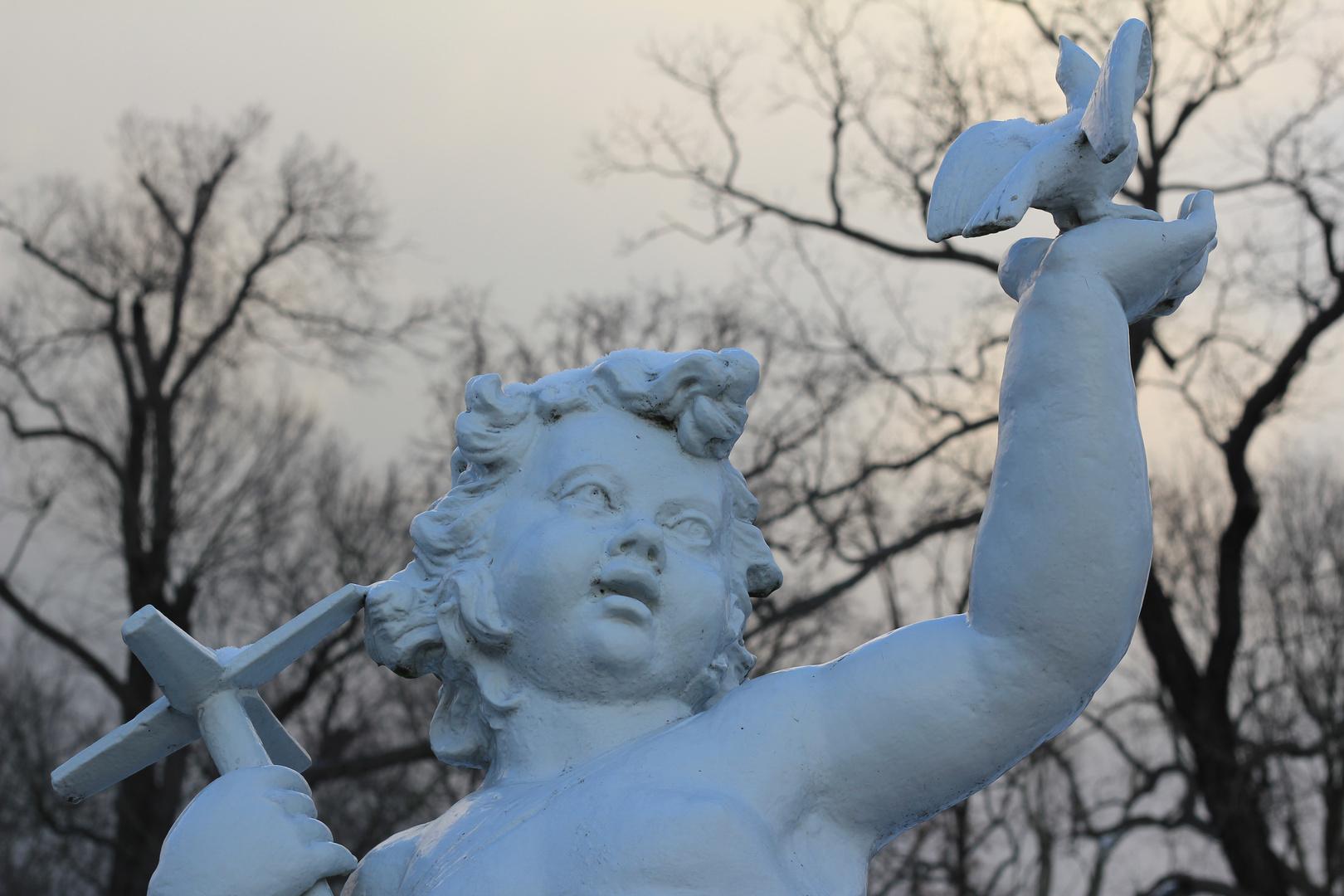 Skulptur im Garten hinter dem Schloss Charlottenburg