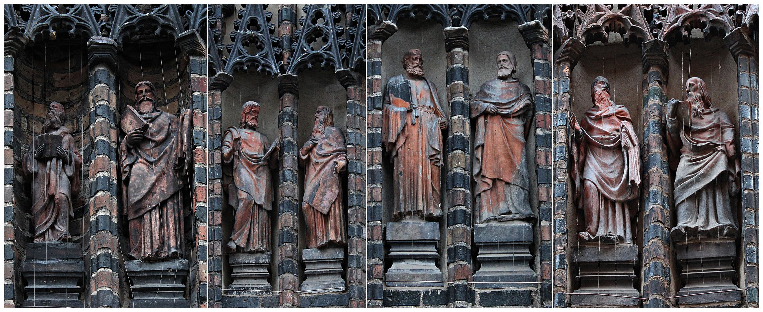 Skulpturen an der Katharinenkirche in Brandenburg