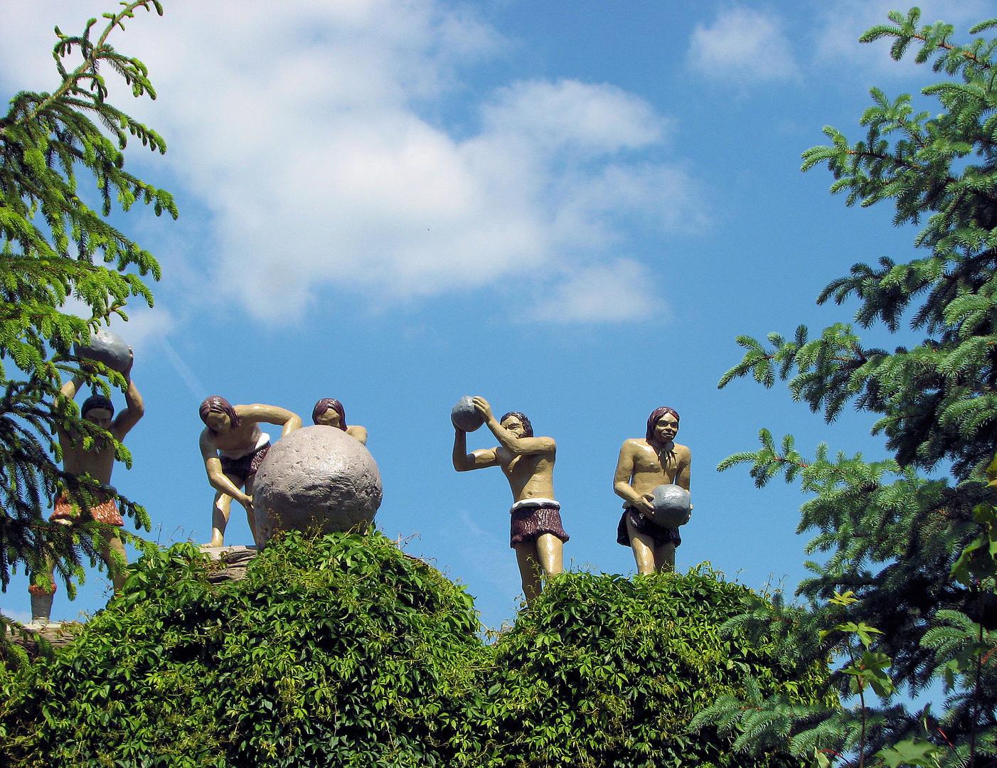 Skulpturen im Saurierpark Kleinwelka Bautzen