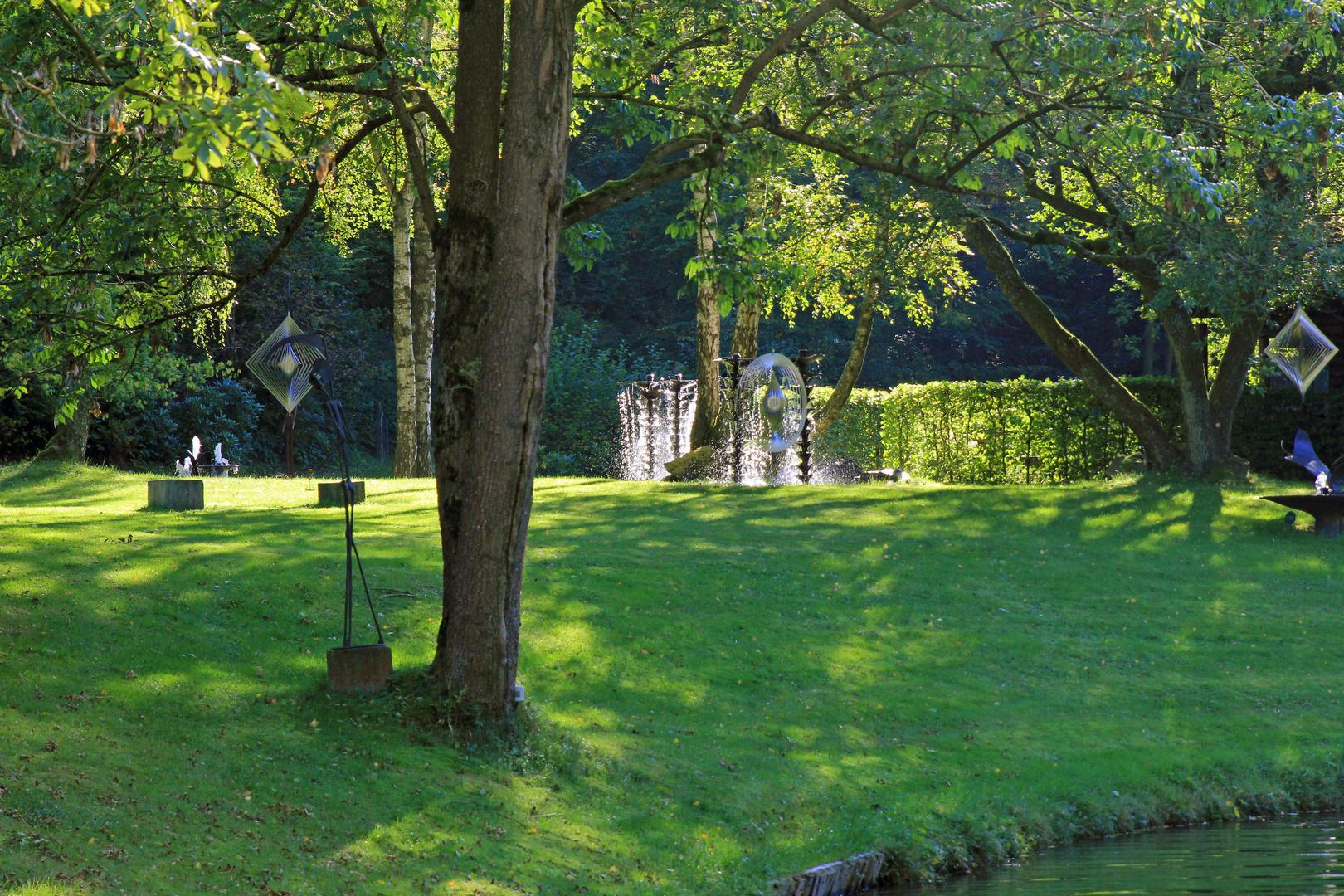 Skulpturenpark Klute - Waldemai in Niedersorpe bei Schmallenberg im Hochsauerland 31