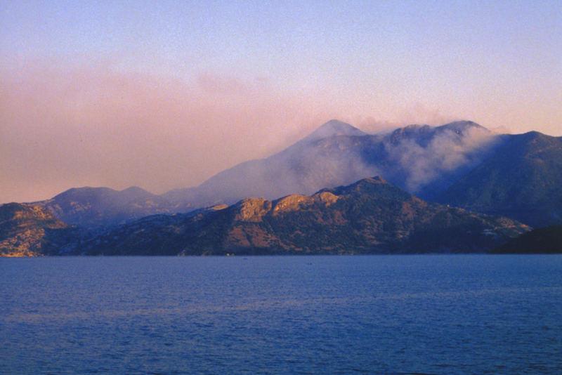 Skutarie-See - es brennt in Albanien