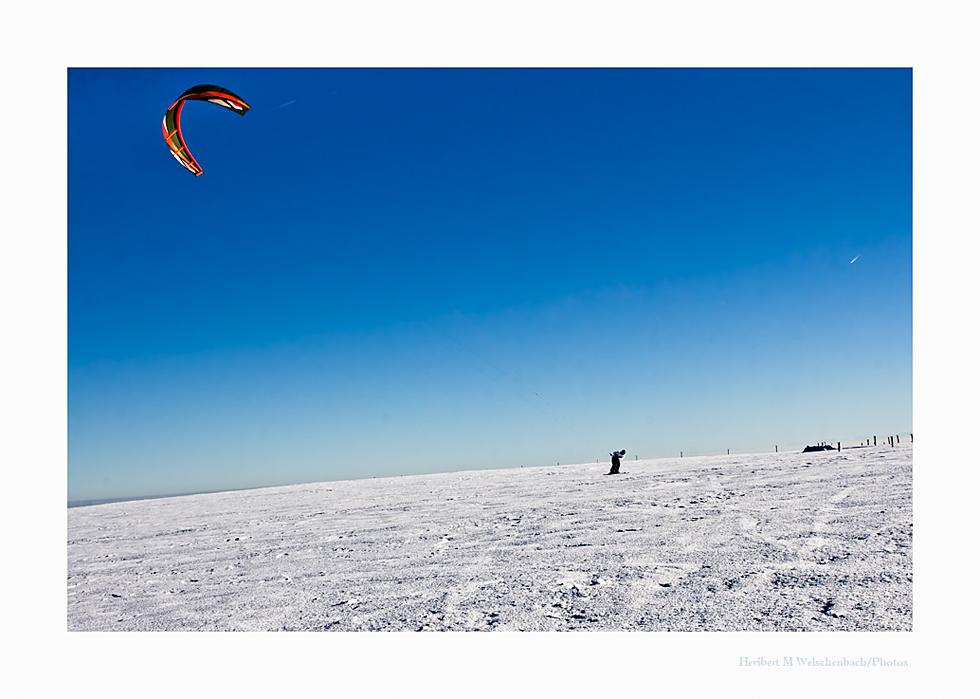 Sky-Skiing