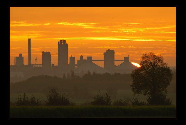 >Skyline<