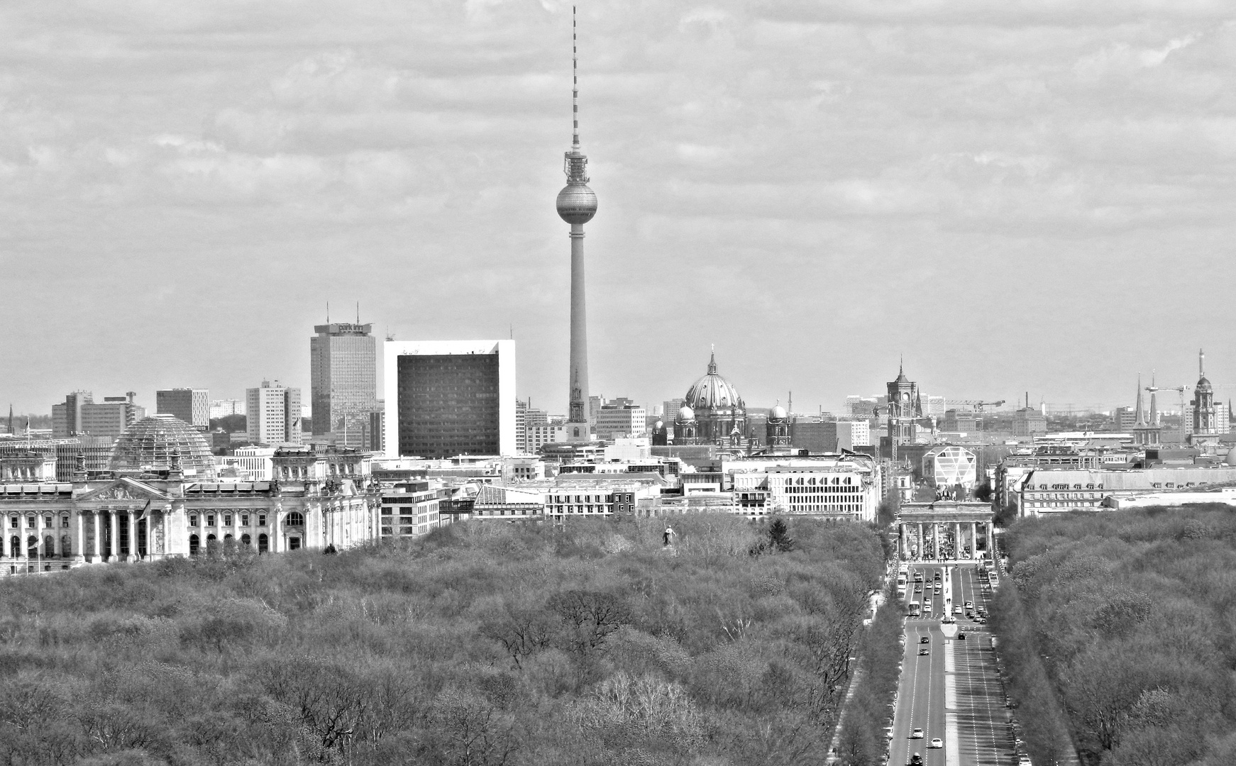 skyline berlin foto bild deutschland europe berlin bilder auf fotocommunity. Black Bedroom Furniture Sets. Home Design Ideas