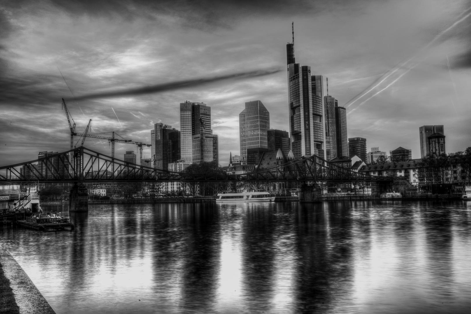 Skyline black/white :)
