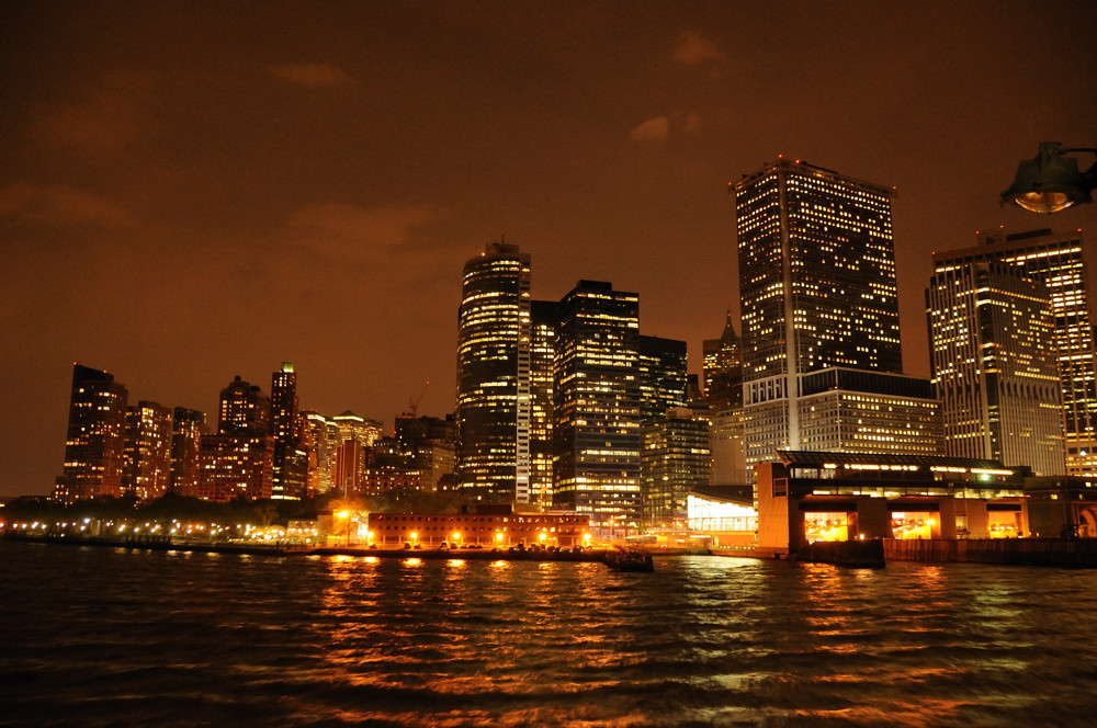 Skyline dans la Nuit