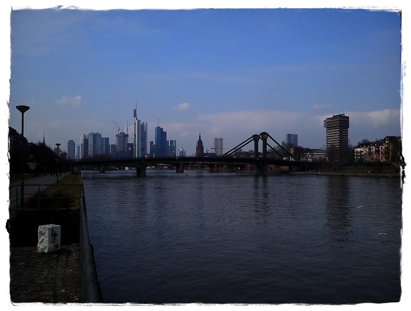Skyline FRA....