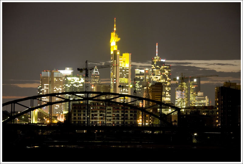 Skyline Frankfurt by night