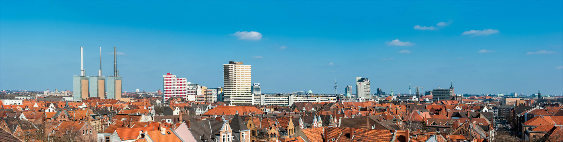Skyline Hannover Linden von der Martinskirche