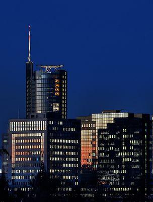 skyline im wintermorgen