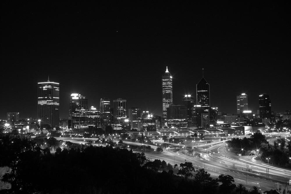 Skyline Perth II in S/W