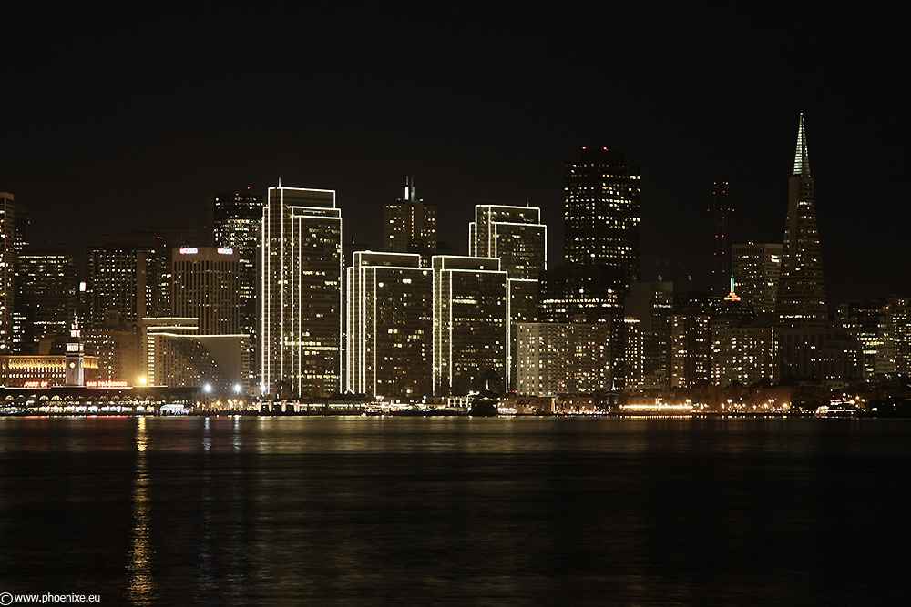 [...Skyline San Francisco by night...]