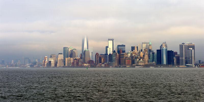 Skyline von Manhattan im Nebel